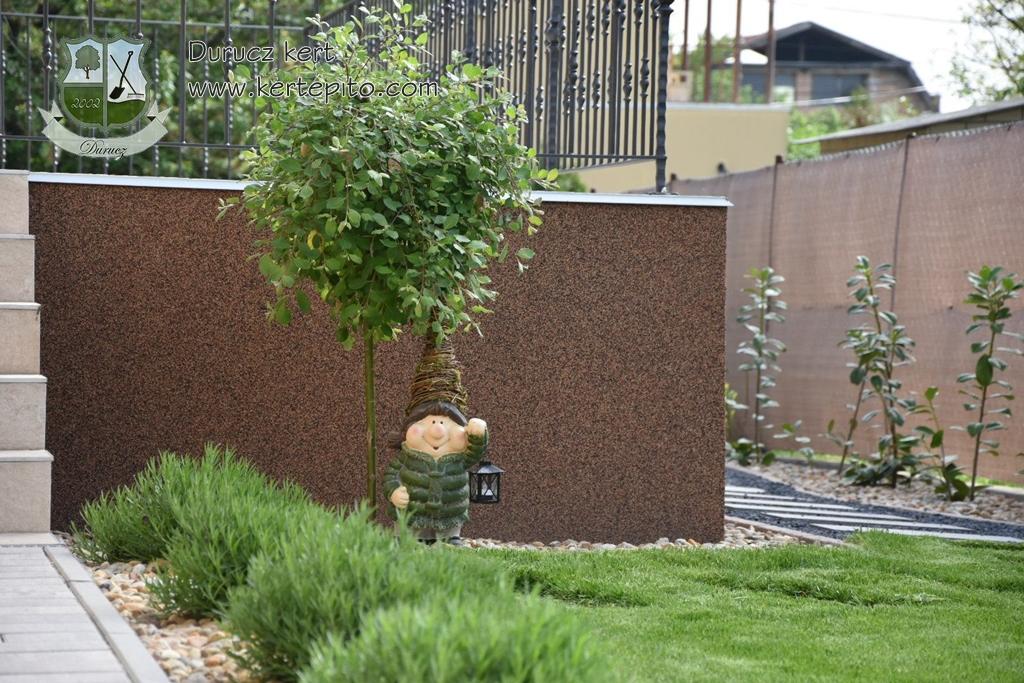 Read more about the article Hogyan gondoskodjon a vetett fű szépségéről? Karbantartási tippek kerttulajdonosoknak